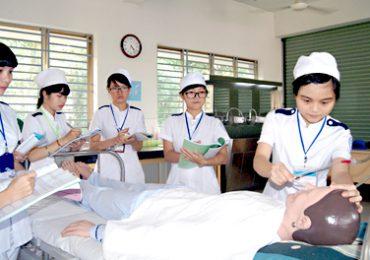 Điểm chuẩn Trường Cao đẳng Y tế Đồng Nai năm 2018 và chỉ tiêu tuyển sinh năm 2019