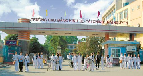 Điểm chuẩn Trường CĐ Kinh tế - Tài chính Thái Nguyên năm 2018 và chỉ tiêu tuyển sinh năm 2019