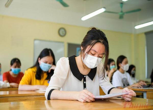 Nhiều trường đại học phía Nam miễn giảm học phí năm học 2021-2022